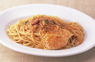 Spaghetti with Crab Meat in Tomato Cream Sauce